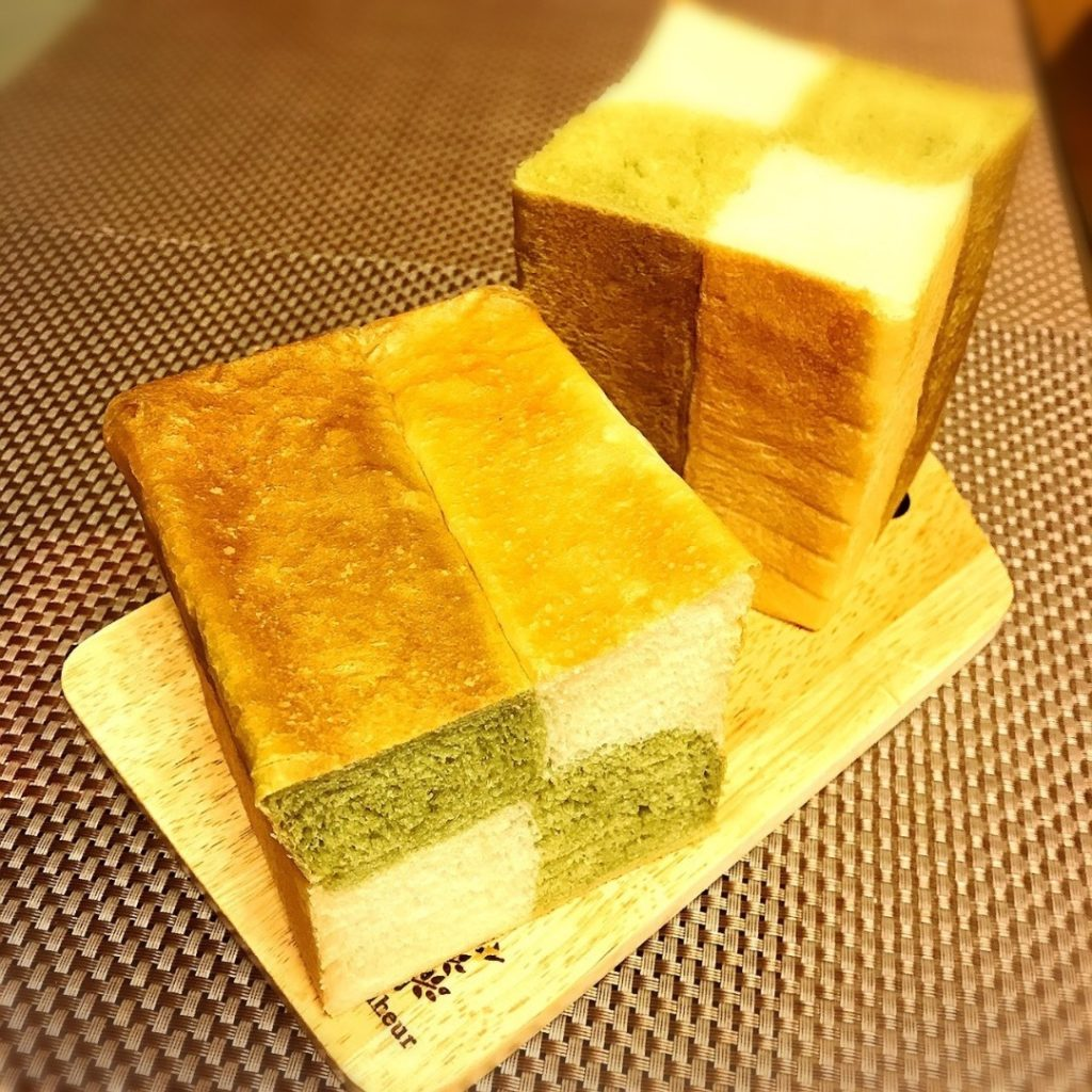 モザイク食パン(抹茶)